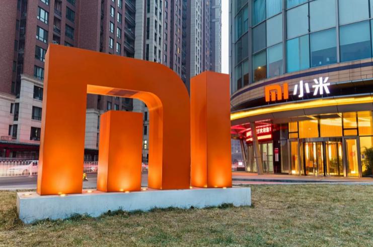 Samsung, Avrupa'nın en çok satan telefonu ünvanını Xiaomi'ye kaptırdı!